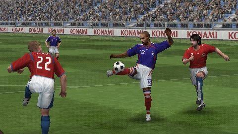 Серия игр Pro Evolution Soccer эволюция
